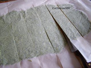 Семга в зеленом тесте с грибным соусом