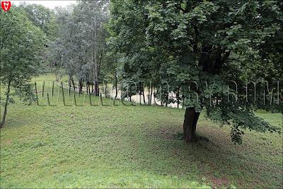 Пруд в парке при бывшей усадьбе Святополк-Завадских