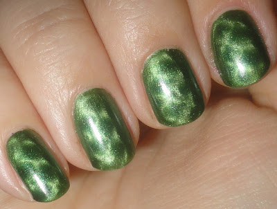 nails inc. spitafields fishnet magnet swatches and review