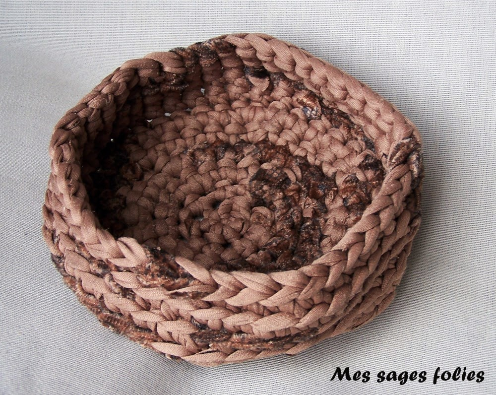 poubelle de table en tissu/crochet trash basket for sewing