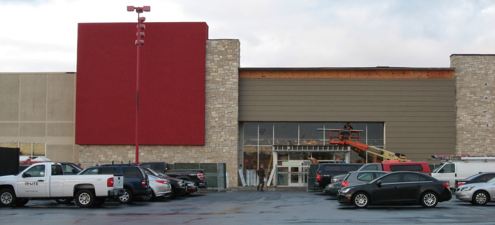 Art Van Furniture Opens Saturday In Bedford Park Shopping Center Southland Savvy