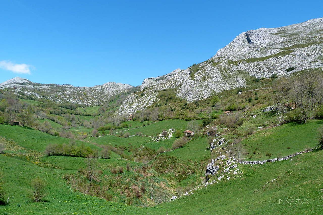 Dolinas en Los Puertos de Marabio - Asturias
