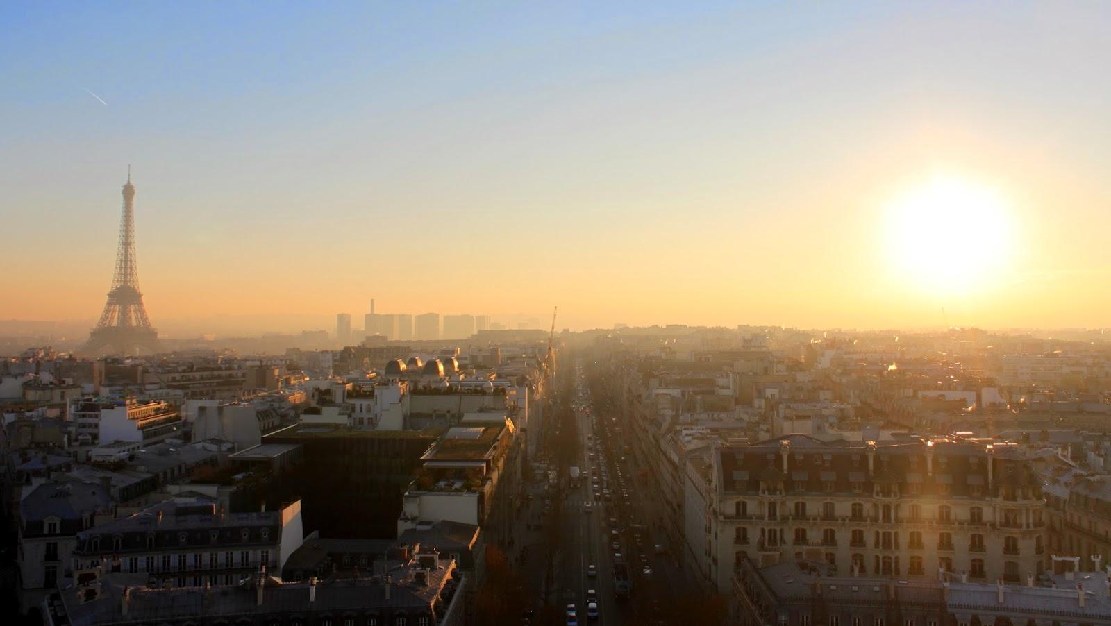 Torre Eiffel atardecer París