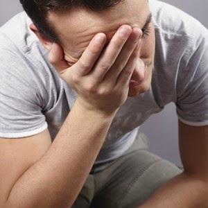 tư thế đi vệ sinh khi mắc bệnh trĩ