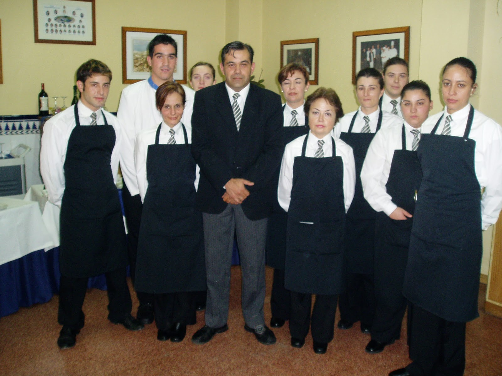 Camarero/a de Restaurante-Bar por José Alberto López Truque: Módulo ...