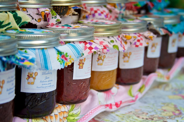 Homemade jelly and jams. Michigan Farmers Market at the Capitol 2013. Tammy Sue Allen Photography.