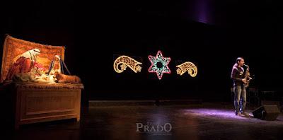 Actuación Gala Benéfica de Cáritas al Saxofón por diegosax Navidad 2015