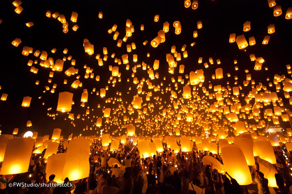 Chang Mai Thailand Latern Festival Retreat