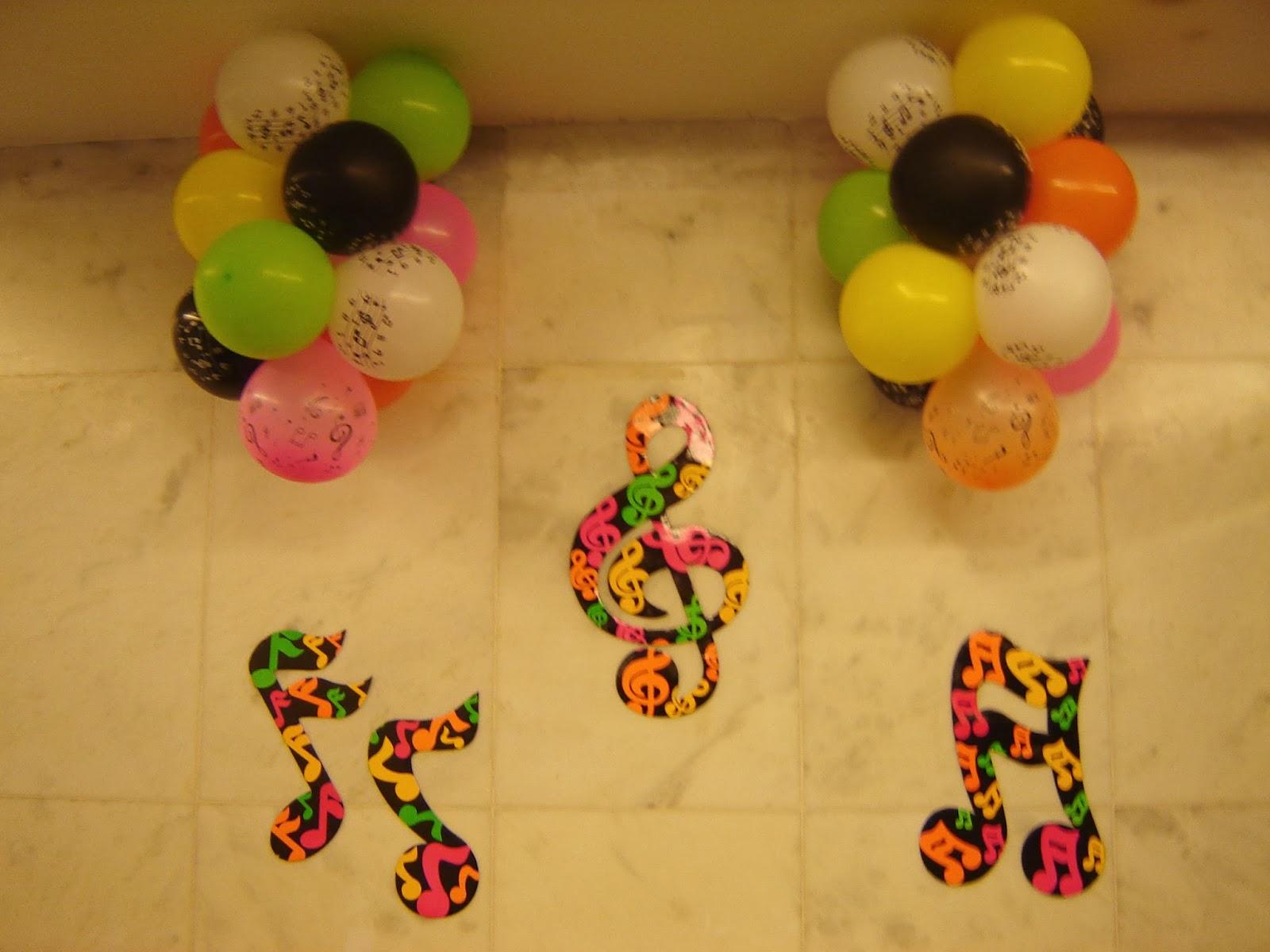 decoracao festa retro : decoracao festa retro:Priscila Arte em balões: Decoração Festa Retro