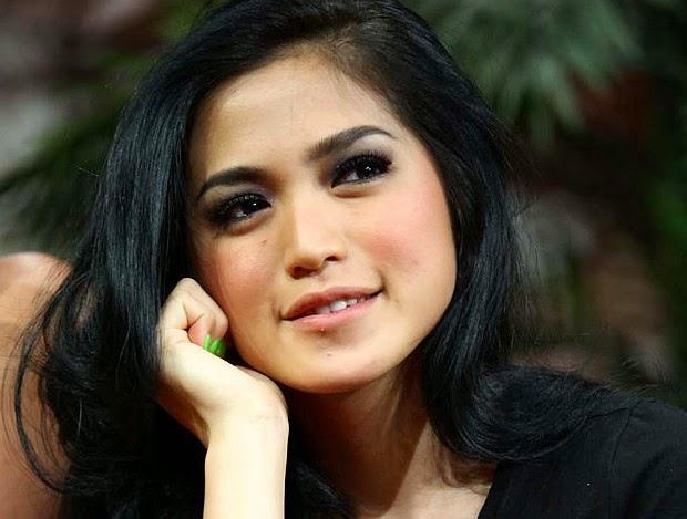 Rahasia Diet ala Artis Jessica Iskandar, Turun Sampai 30 ...