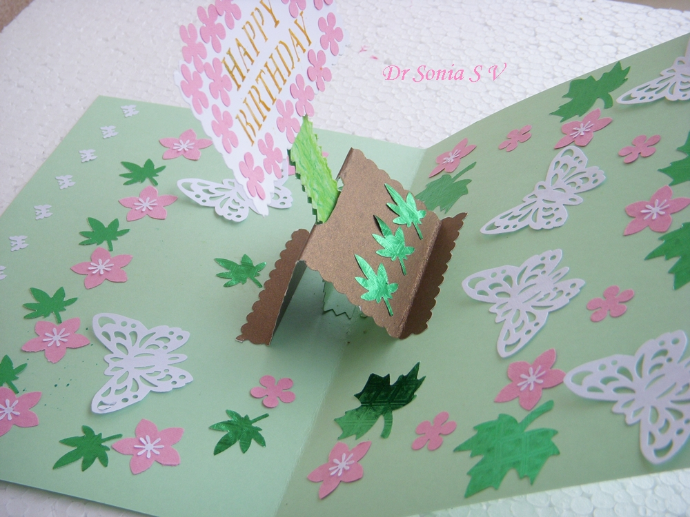Cards crafts kids projects pop up card banner card tutorial for Pop up card craft