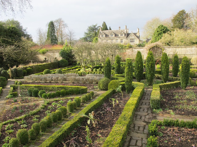 The Potager - a Garden and a Restaurant. Barnsley House, via their facebook page, as seen on linenandlavender.net, http://www.linenandlavender.net/2013/05/the-english-garden.html