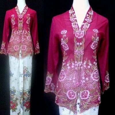 Baju Kebaya Biasa : RM 65