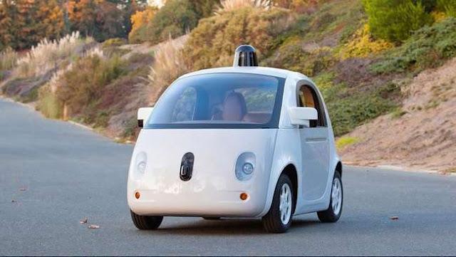 Mobil Google Tanpa Sopir Ditilang