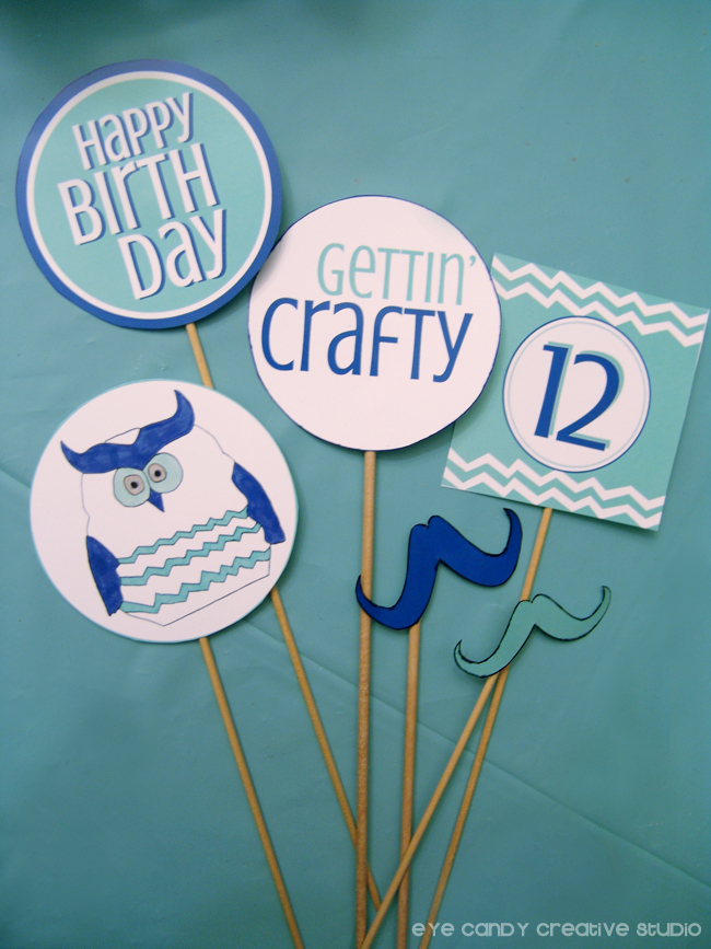 craft birthday party photo props, gettin craftu, happy bday prop, owl photo prop