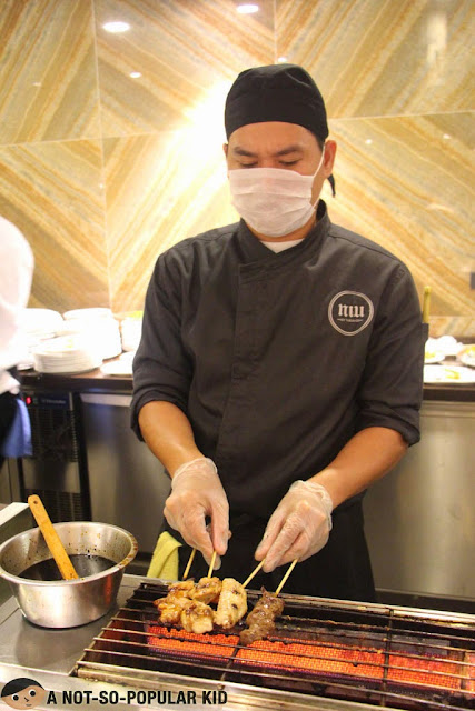 Niu by Vikings: Preparation of Yakitori and Special Skewed Dish