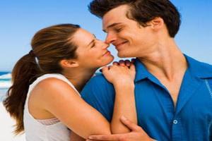 طرق سهلة وبسيطة لتأسري بها قلب زوجك وتفوزى بحبه للأبد - زواج سعيد - زوجان سعداء - romantic feelings