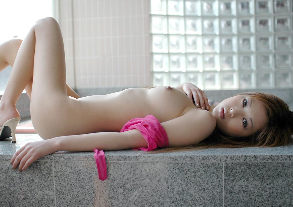 DONGDAM - Nude asian girl showing breasts and ass very sexy
