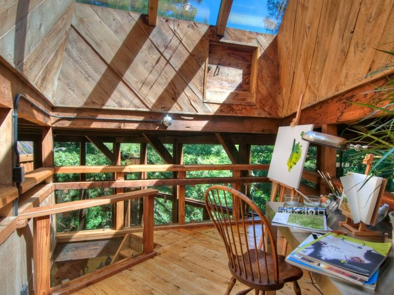 Awesome treehouse inside images for Inside amazing homes