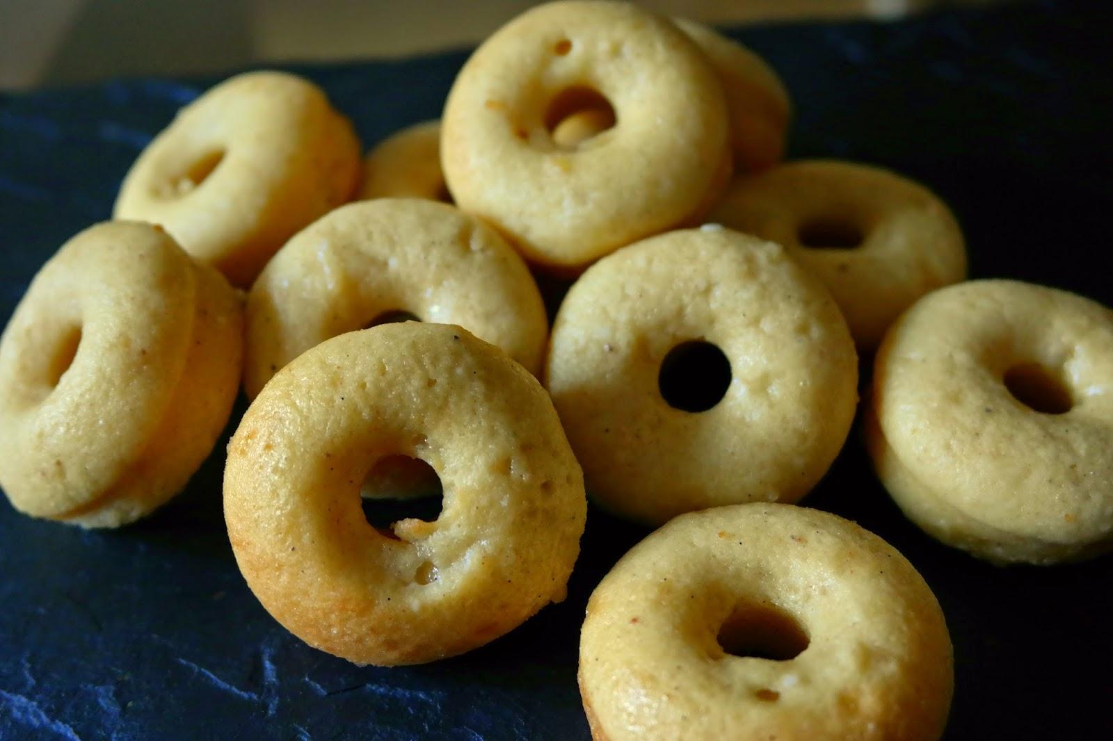 Baking Bar: Baked Mini Doughnuts