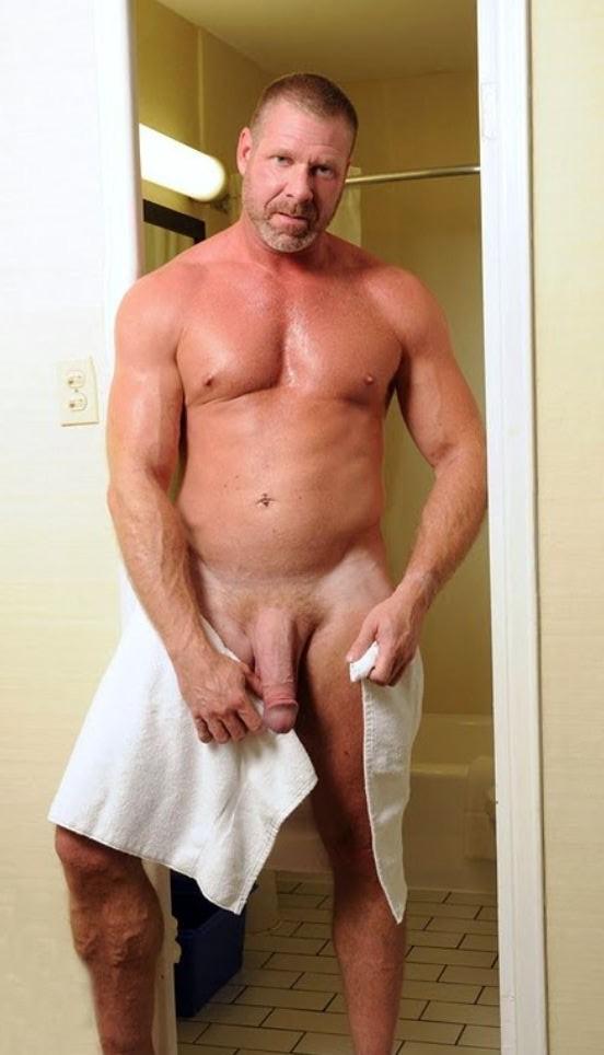 Videos De Hombres Jovenes Desnudos