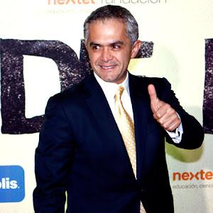 Miguel Angel Mancera, puntero al gobierno del DF, también estuvo presente en De Panzaso.