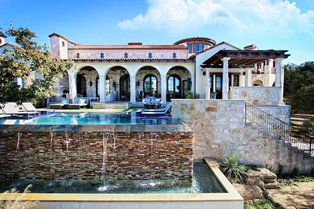 patio-con-piscina