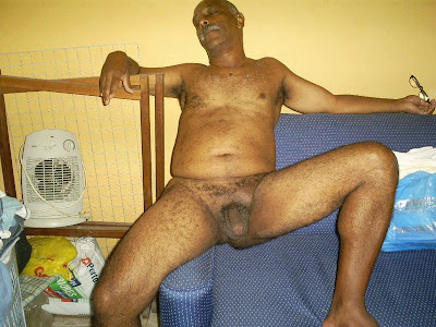 mature black gay - old big dick - hairygaybear