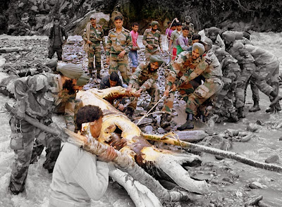 Efforts by the Indian Army men in the floods of Uttarakhand region of Kedarnath
