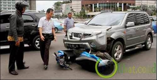 Kecelakaan kendaraan bermotor