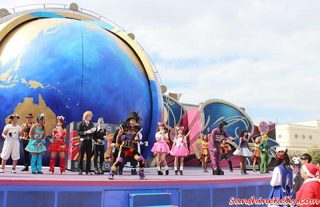 AirAsia X, Universal Studios Japan, Medis Familiarisation Trip, Osaka, Universal Studios Japan, Universal Studios, Japan, Travel, AirAsiaX booking, Eat-Man Restaurant, Hotel New Hankyu, Umeda, Hello Kitty, Halloween Costume Party, Elmo go skateboard, Universal Globe, The Amazing Spiderman