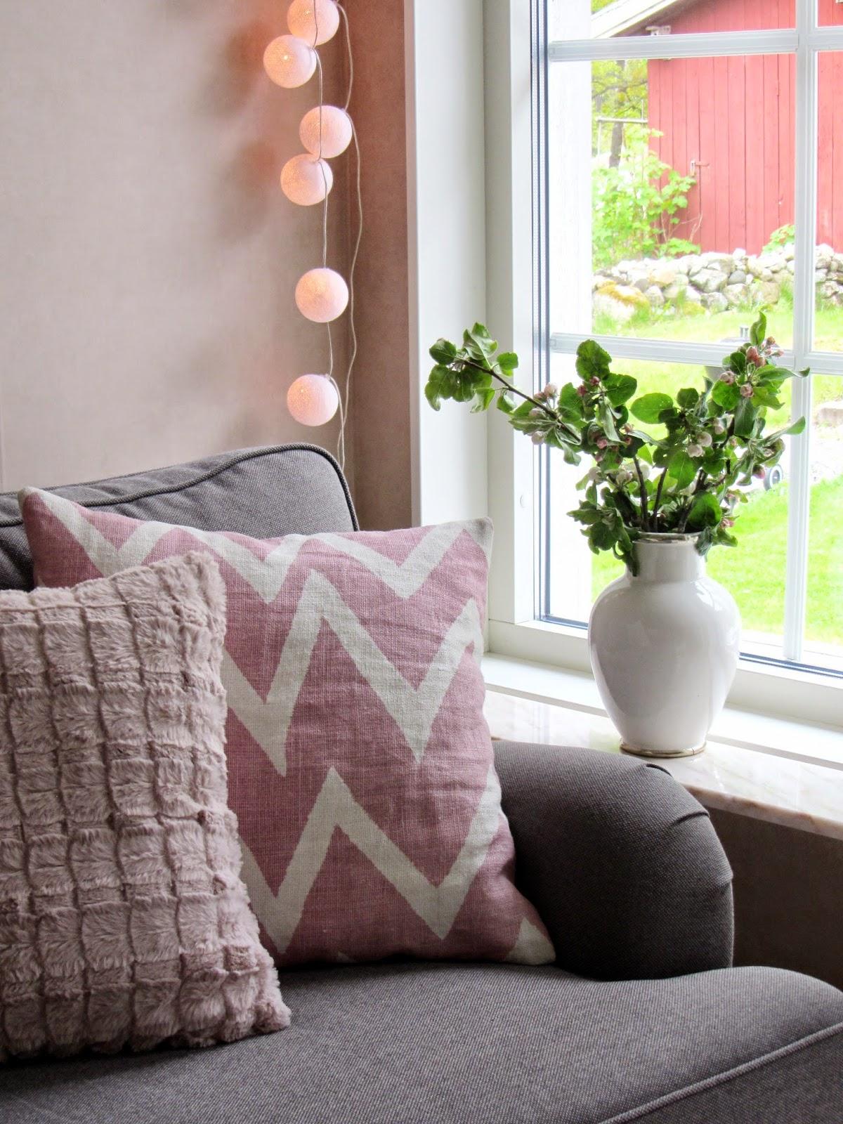 Sofis husdrömmar: rosa vardagsrum och lite trädgårdstankar.