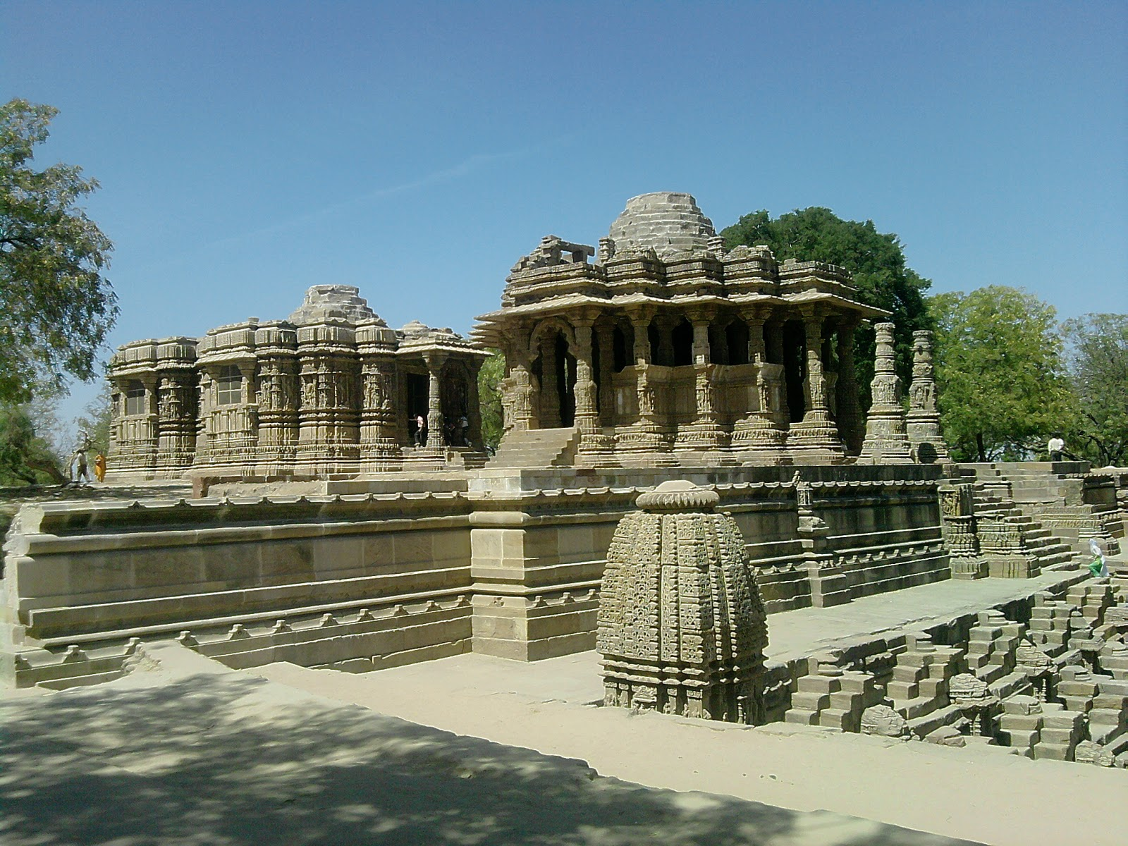 modhera temple essay Gold essays | see the list of sample papers for free - bla bla writing sun temple at modhera the sun temple, modhera, at modhera in gujarat.