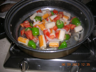 fusilli con polpa di granchio e frigitelli- spinaci saltati in tegame con fontina..