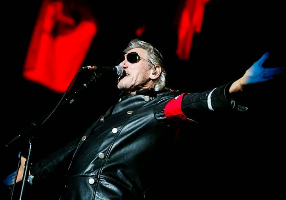 Haaretz roger waters