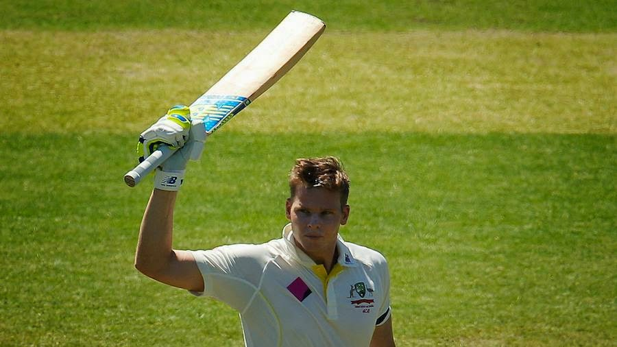 Steven-Smith-fourth-hundred-in-four-Tests-Australia-v-India-4th-Test-Sydney-2014-15