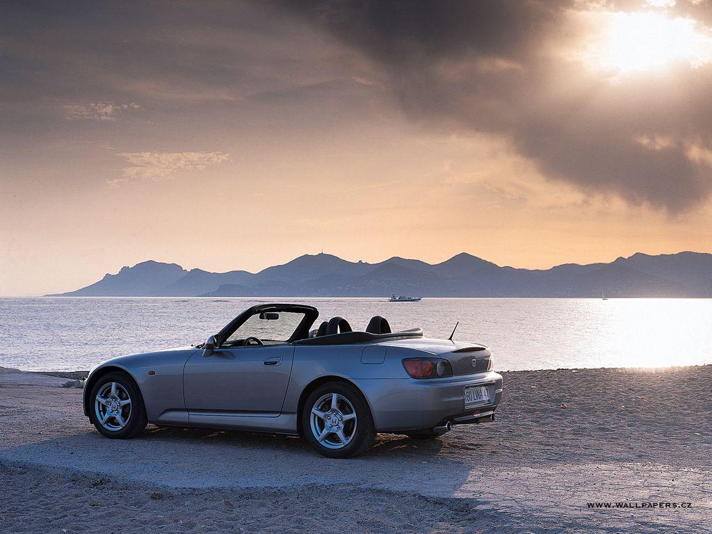 http://4.bp.blogspot.com/-3Iad4AwxUVY/Tv3X3i2CtbI/AAAAAAAAAZU/eU73h9ZmccE/s1600/Classic+Volkswagen+cabrio+Car+wallpaper.JPG