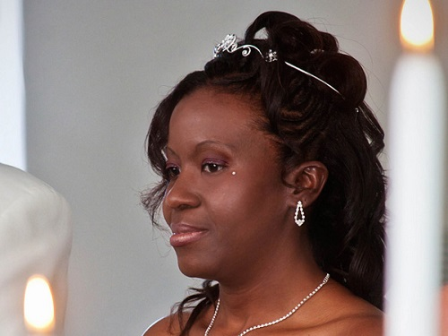 Cute Wedding Hairstyles for African American Women with Long Hair
