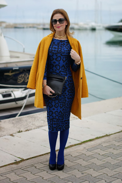Zara mustard coat, Bankfashion.co.uk dress, animal print bodycon dress, Fashion and Cookies, fashion blogger