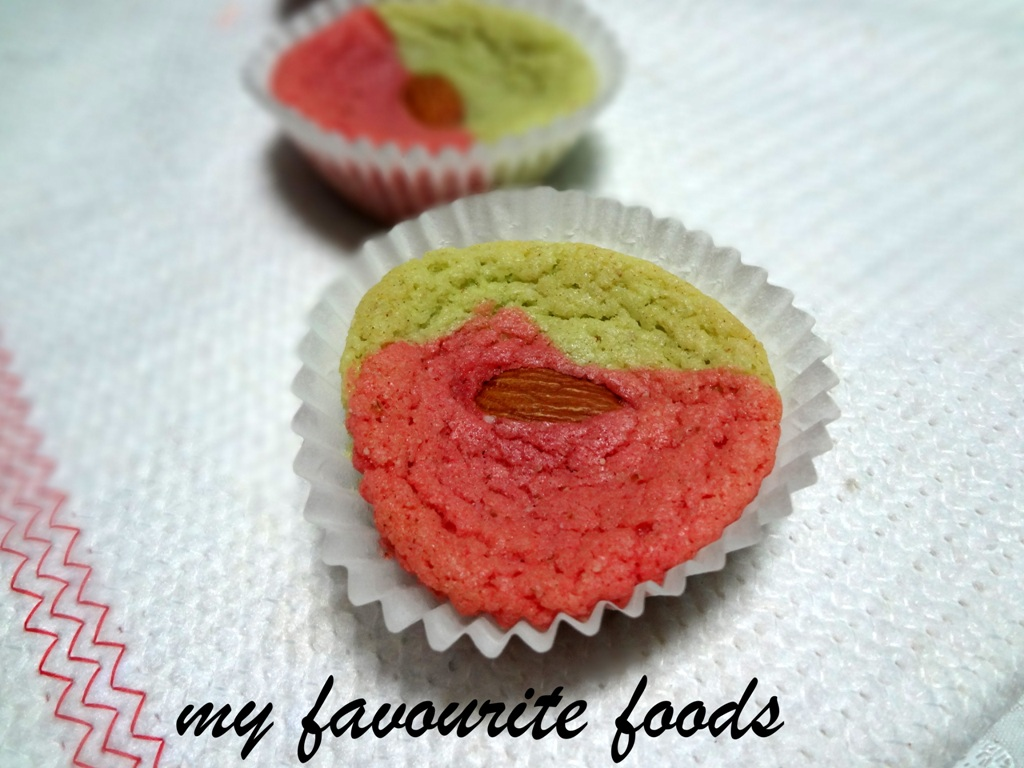 colored almond cookies