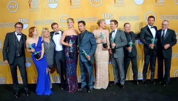 'La gran estafa americana', Mejor Reparto para el sindicato de actores. MÁS CINE. Lista de ganadores en cine. Making Of