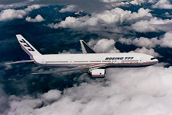 Pesawat Boeing 777-200. ZonaAero