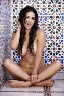 porn star sunny leone nude photos