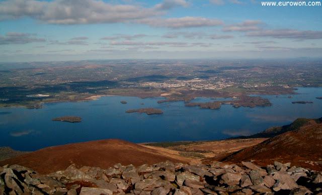 Vista del lago Muckross del Parque Nacional de Killarney