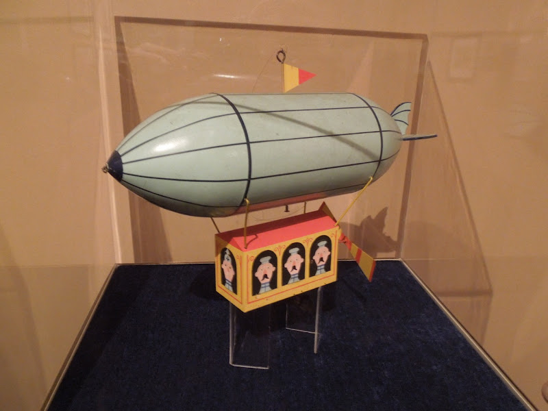 Babes in Toyland miniature blimp model