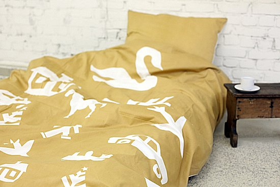 Vosgesparis: giveaway win a bedding set from scandinavian strikaholic