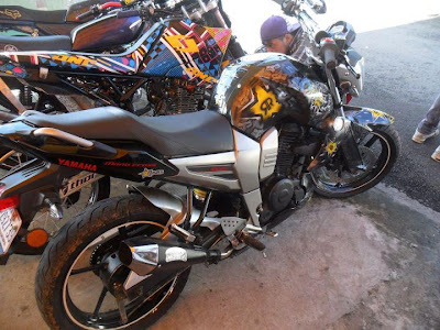 Modif cutting stikers yamaha Bison