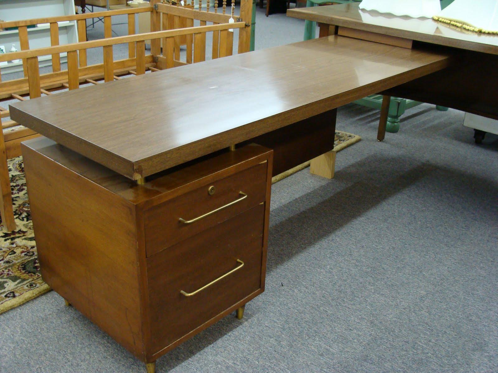 L Shaped Modern Desk Braxton And Yancey Mid Century Danish Modern Desks And Weekend Booty