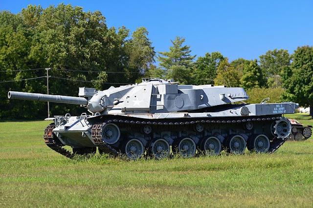 Foto Main Battle Tank MBT-70