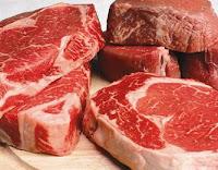 Consumir carne vermelha todo dia aumenta risco de morte, diz estudo